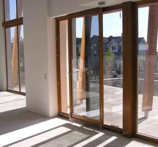 Металлопластиковые двери для дачи